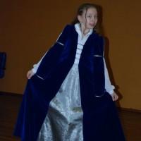 Rochie medievala - vezi catifeaua